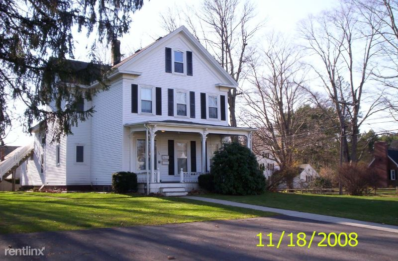 74 Mount Prospect St 2, Bridgewater, MA - 1,195 USD/ month