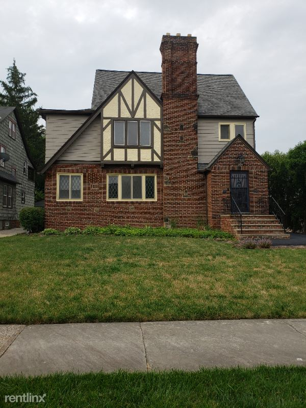 3494 Antisdale, Cleveland Heights, OH - 1,200 USD/ month