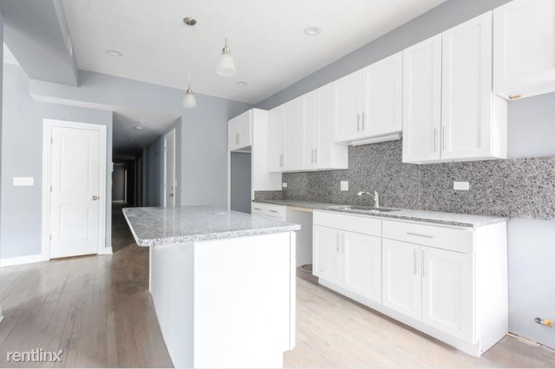 5130 S Greenwood Ave 1N - 3500USD / month