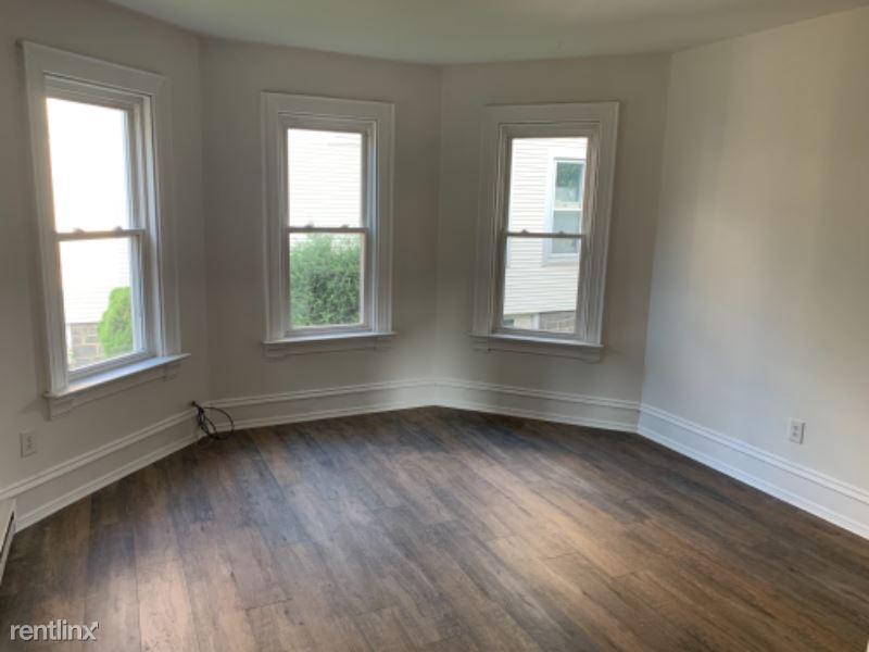 226 New St 1st Flr, Quakertown, PA - 1,200 USD/ month
