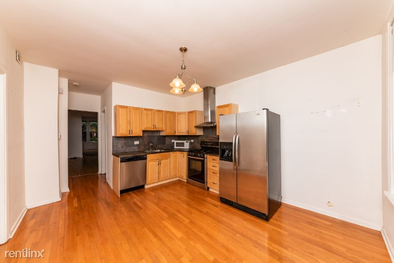 1043 W Grace St CH, Chicago, IL - 2,200 USD/ month