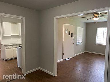 8914 Linda Vista Rd, Houston, TX - 1,050 USD/ month