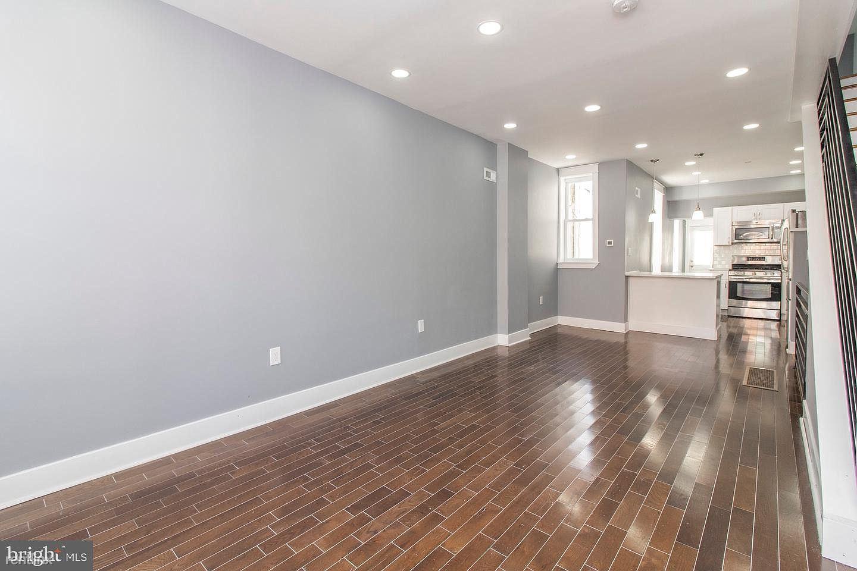 3132 Fontain St, Philadelphia, PA - 1,200 USD/ month