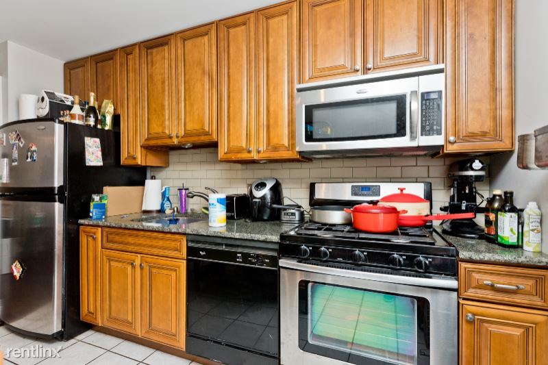 1600 N Halsted St 3E, Chicago, IL - 1,800 USD/ month