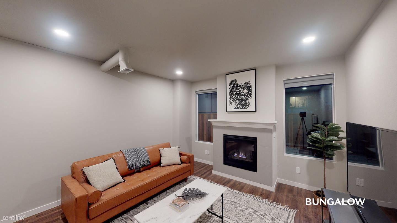 4058 SE Holgate Blvd, Portland, OR - 705 USD/ month