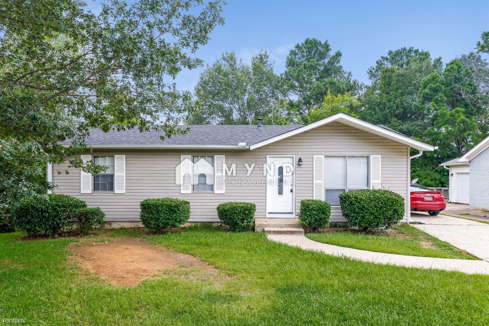 220 Bayberry Rd, Birmingham, AL - 1,195 USD/ month