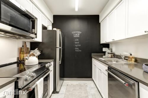 203 Hudson St 2, Hoboken, NJ - 3,500 USD/ month
