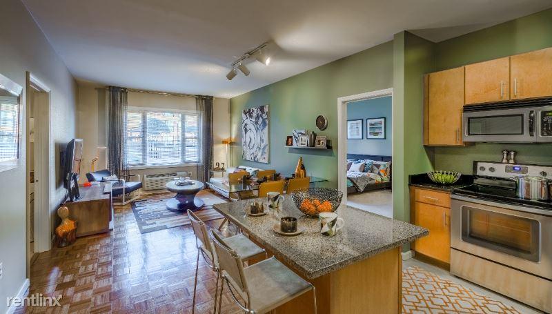 75 Riverwalk Pl 55, West New York, NJ - 2,955 USD/ month