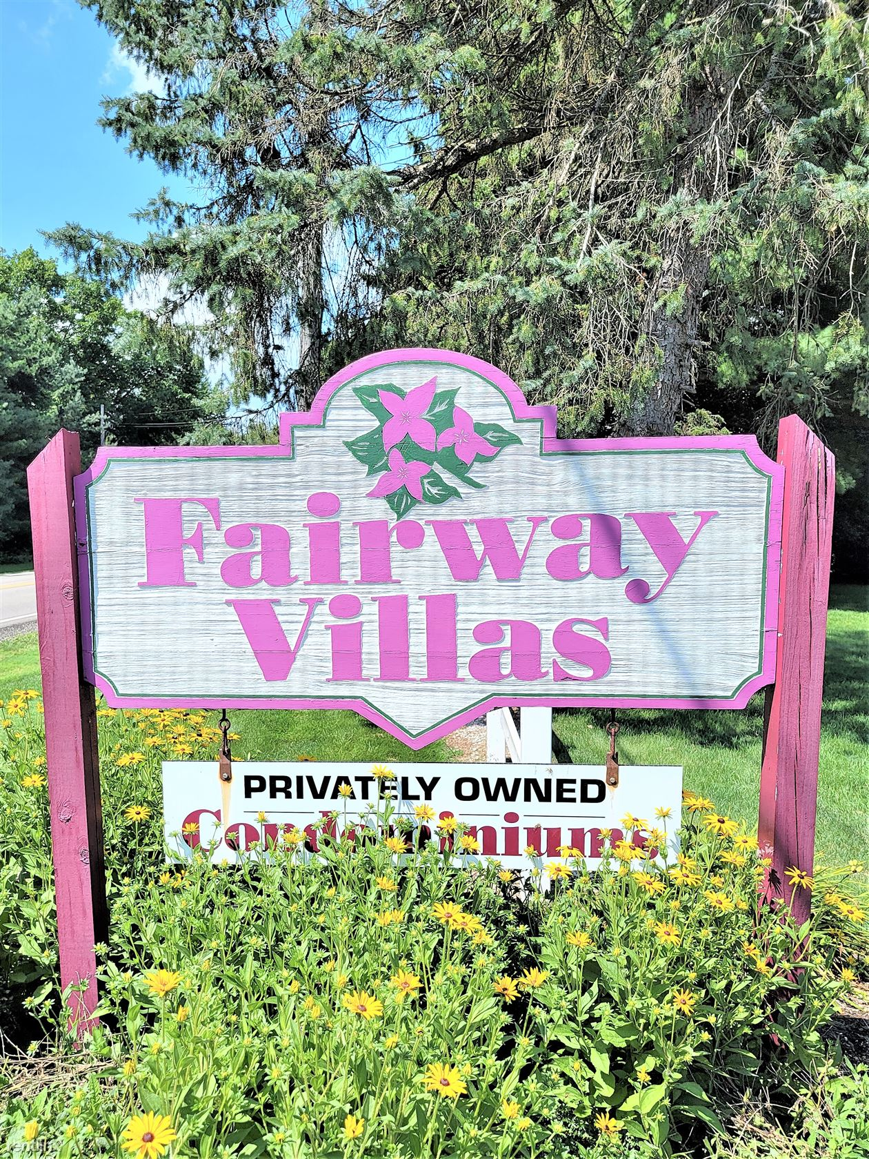 2541 Royal County Down Apt D, Uniontown, OH - 1,395 USD/ month
