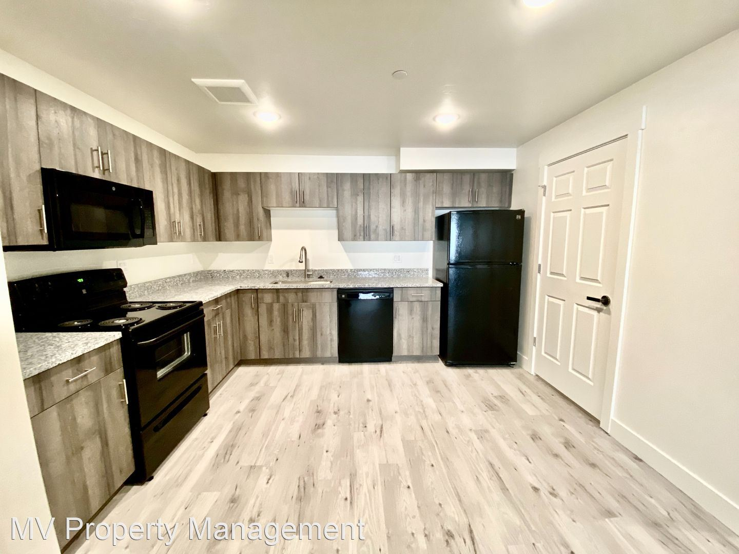 122 Falls Ave West, Twin Falls, ID - 900 USD/ month