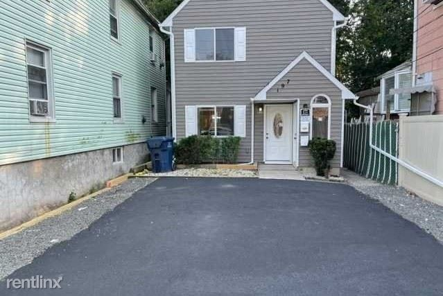 197 Central Ave, Hackensack, NJ - 1,500 USD/ month