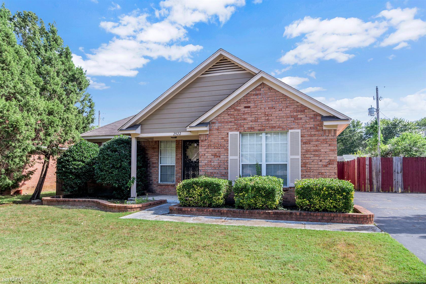2522 Parkview Dr, Memphis, TN - 1,549 USD/ month