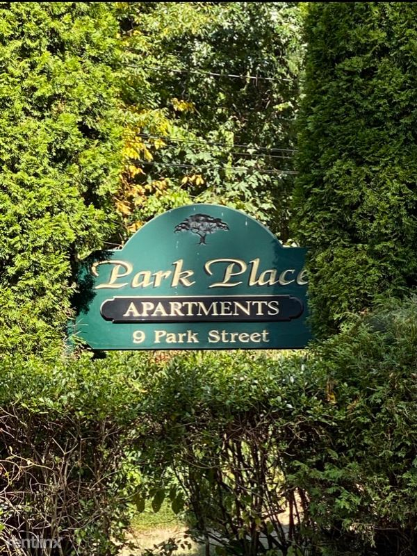 9 Park Street, Stafford Springs, CT - 1,300 USD/ month
