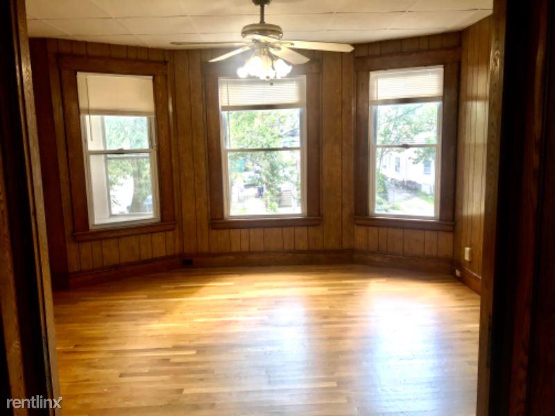 1160 Park Ave, Bridgeport, CT - 1,400 USD/ month