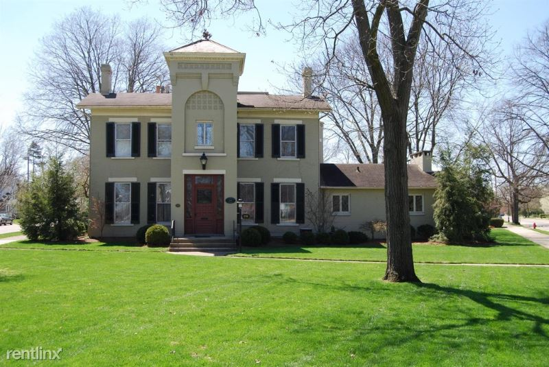 219 S Main St 1B, Middletown, OH - 795 USD/ month