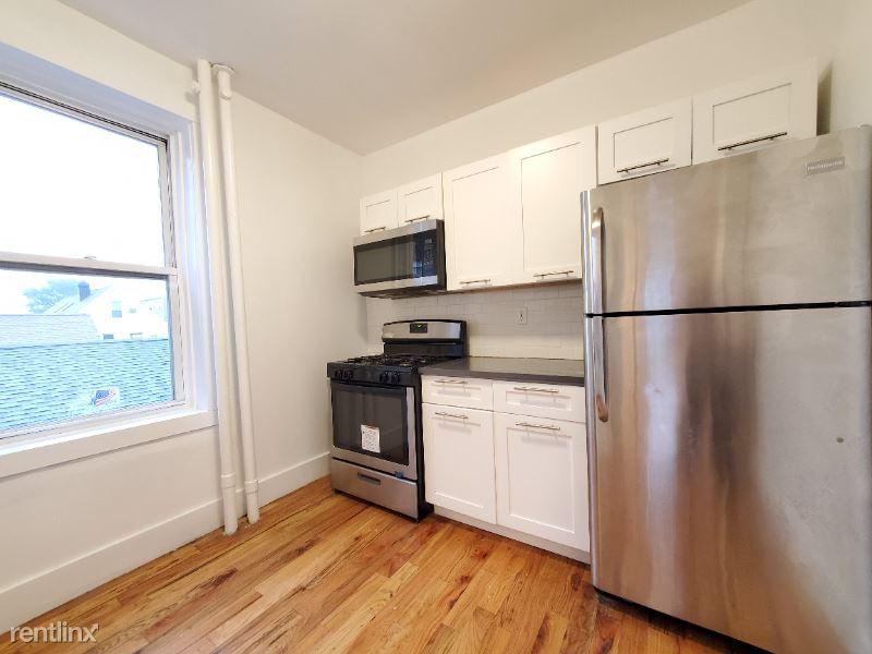 155 W 29th St 35, Bayonne, NJ - 1,524 USD/ month