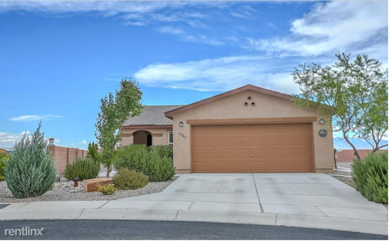 2902 Van Horne Way SW, Albuquerque, NM - 900 USD/ month