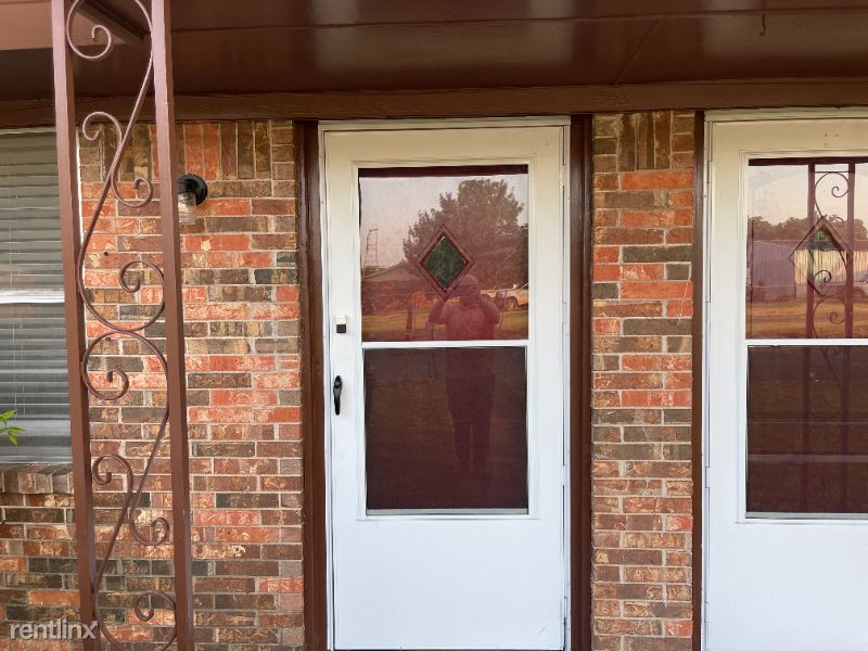 106 Nelson st A, Bowie, TX - 750 USD/ month