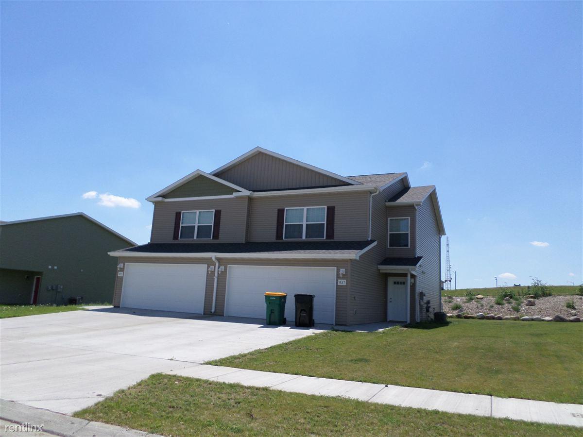 819 Bremner Ave, Bismarck, ND - $1,375 USD/ month