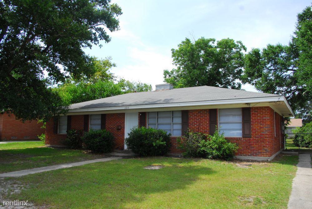2215 Kevin Ct - 1050USD / month