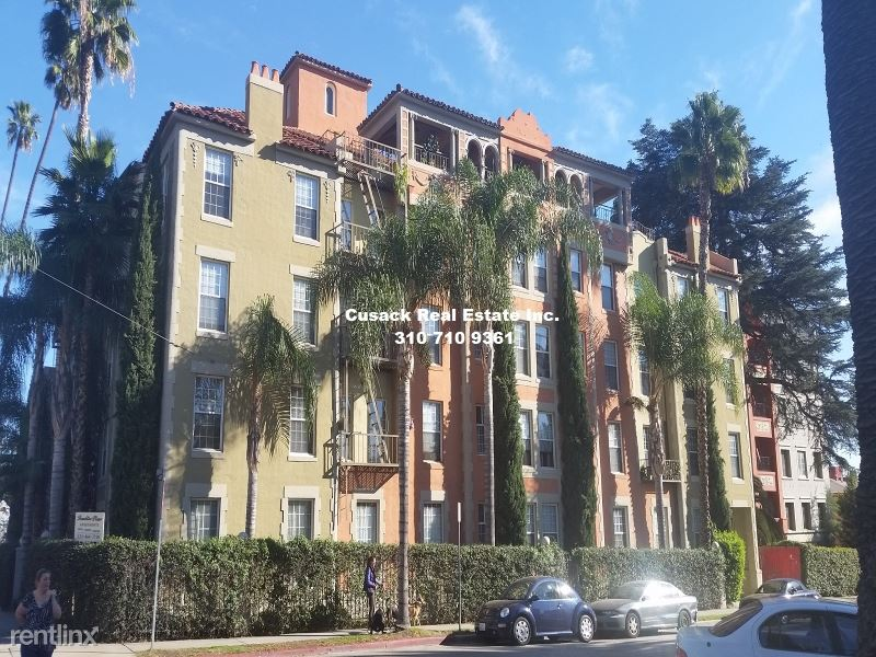 5640 Franklin Ave, Los Angeles, CA - 1,825 USD/ month