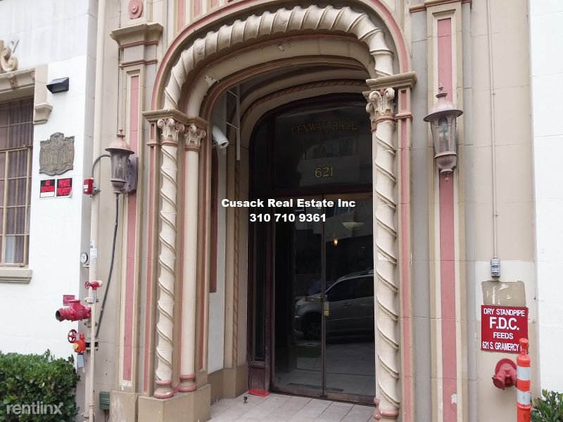 621 S Gramercy Place, Los Angeles, CA - 1,350 USD/ month