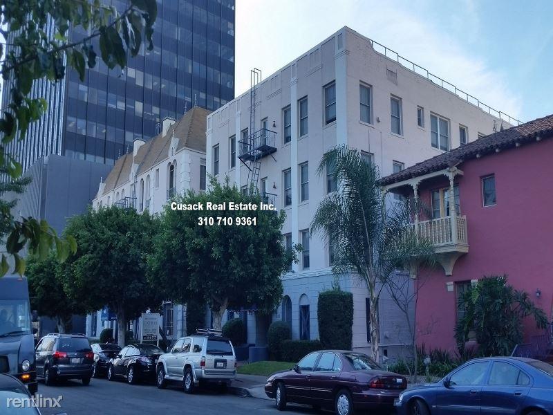 657 S Cochran Ave, Los Angeles, CA - 1,599 USD/ month