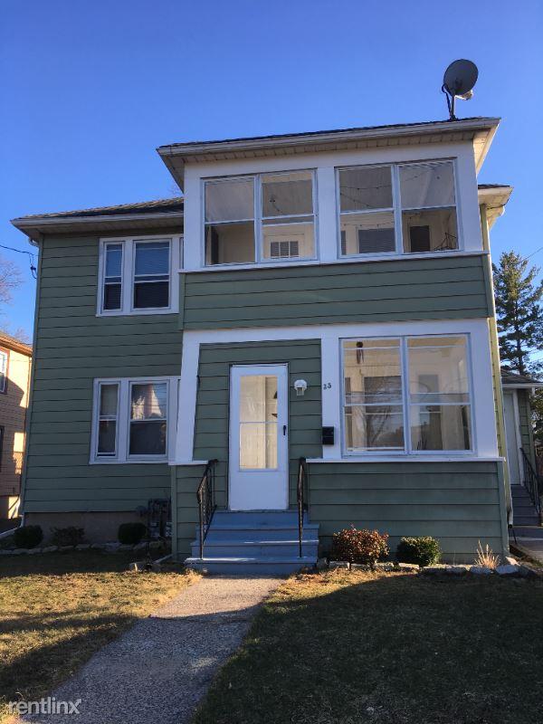 Gillette St, West Hartford, West Hartford, CT - 1,375 USD/ month