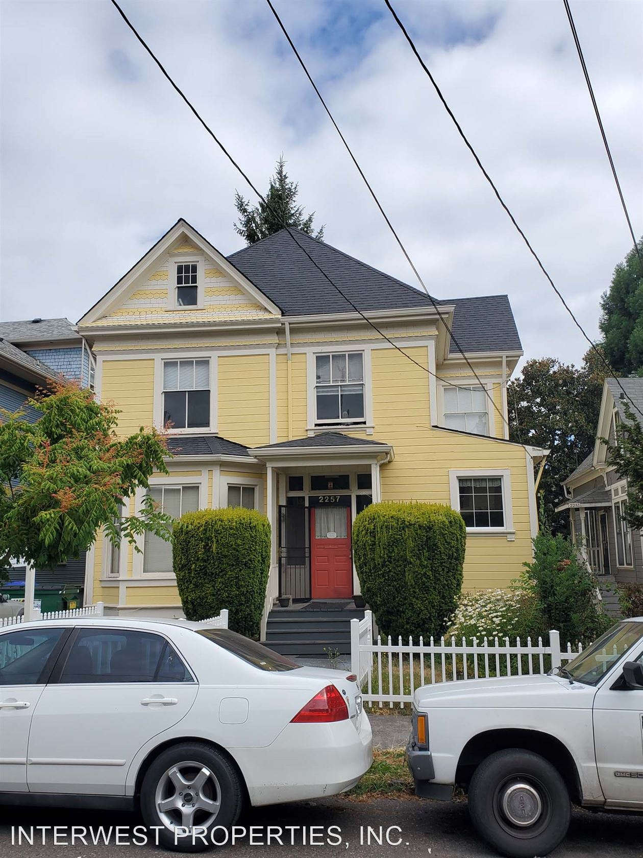 ANTHONY APTS 2257 NW HOYT ST. - 800USD / month