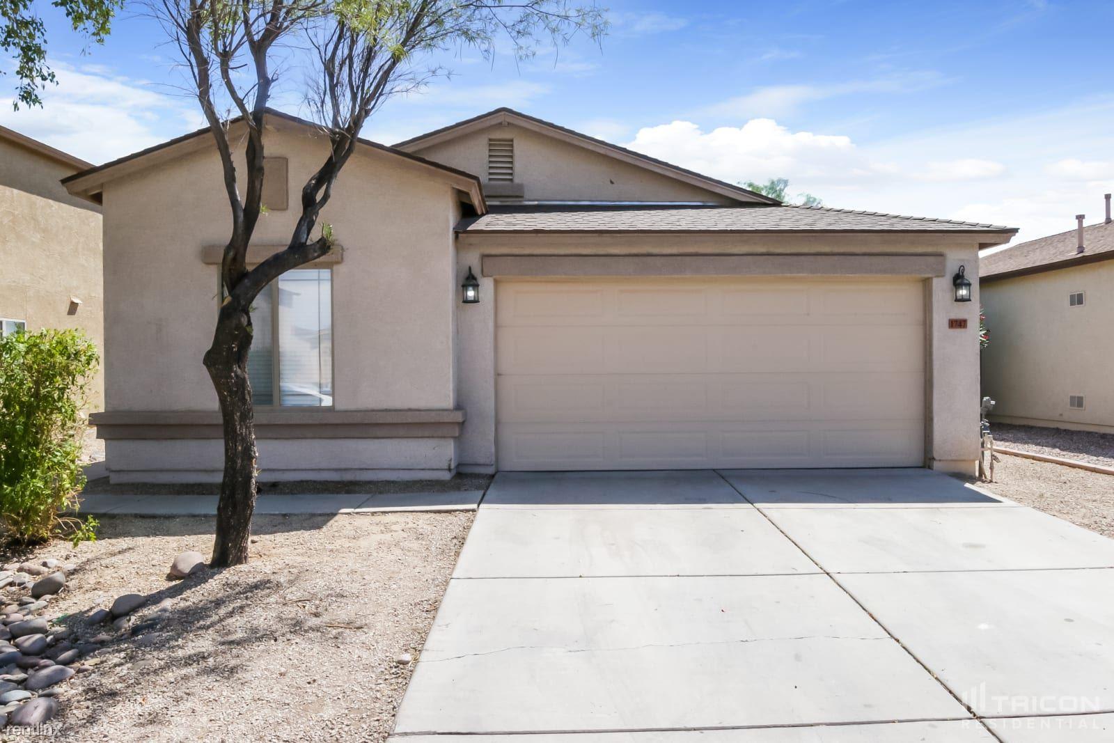 1747 E Desert Rose Trail, San Tan Valley, AZ - 2,149 USD/ month
