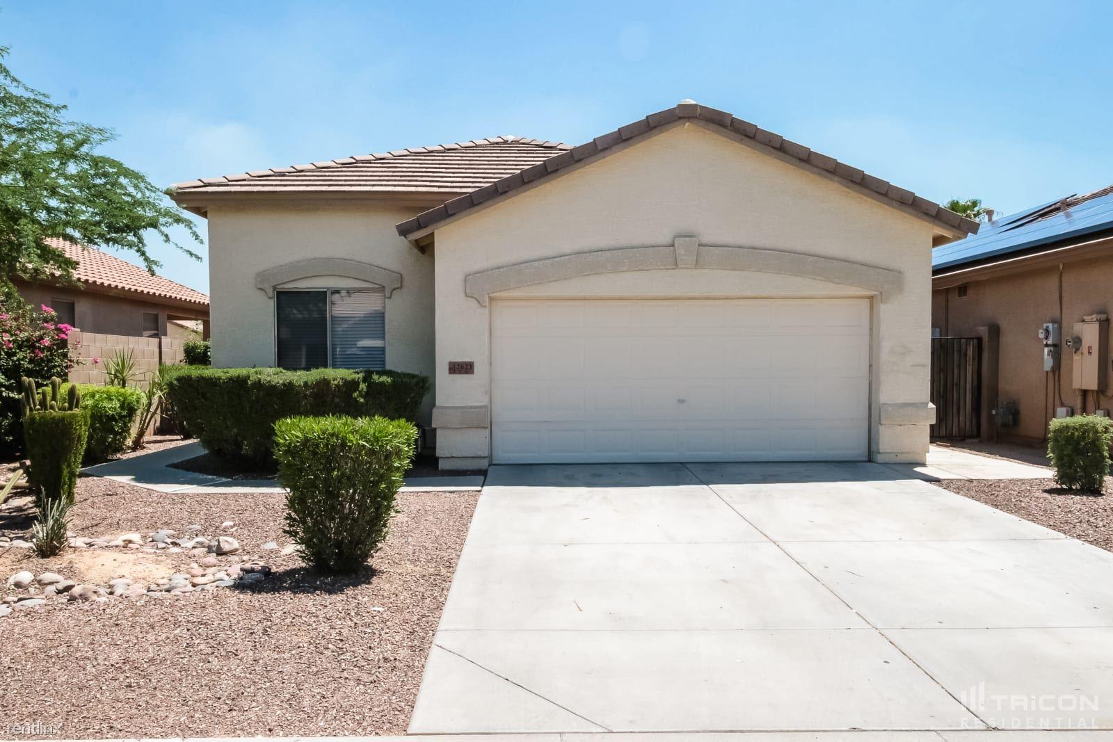 12623 W Campina Drive, Litchfield Park, AZ - 1,949 USD/ month