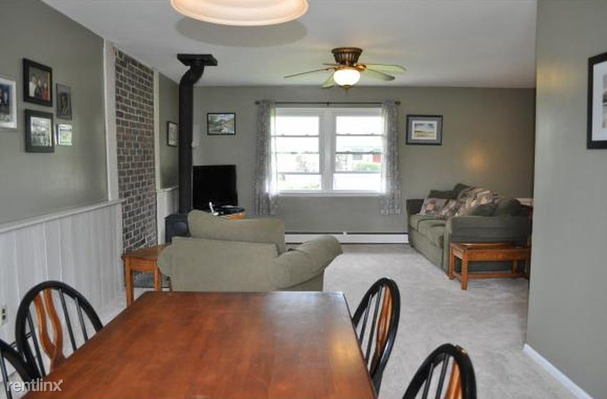 219 Snyder Hill Rd Apt-A, Ithaca, NY - 600 USD/ month