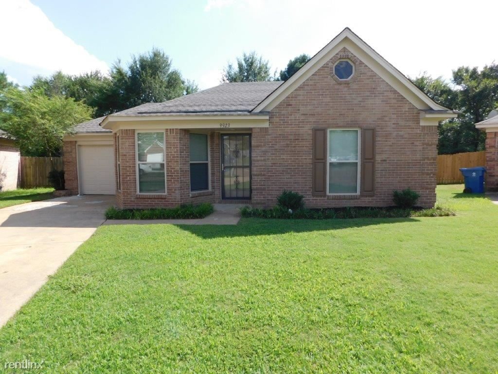 9923 Adina Cove, Olive Branch, MS - 1,599 USD/ month