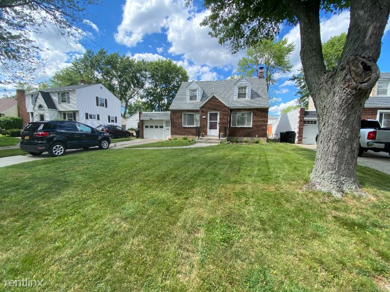 Southwood Dr, Buffalo, NY - 2,500 USD/ month