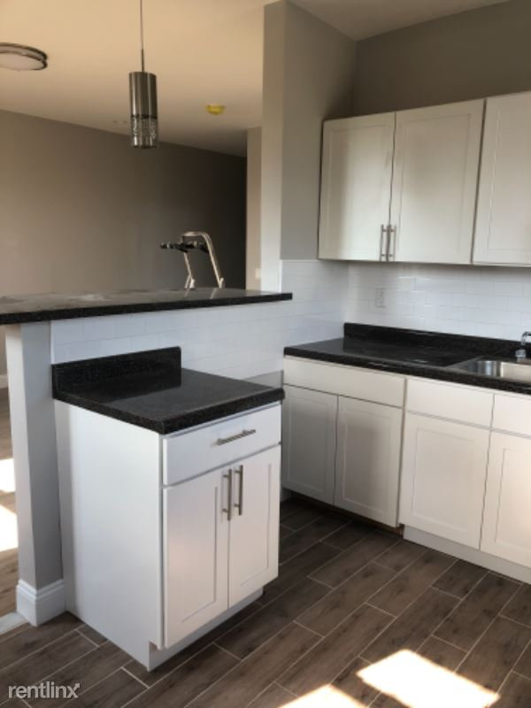 234 Drake Ave, New Rochelle, NY - 1,750 USD/ month