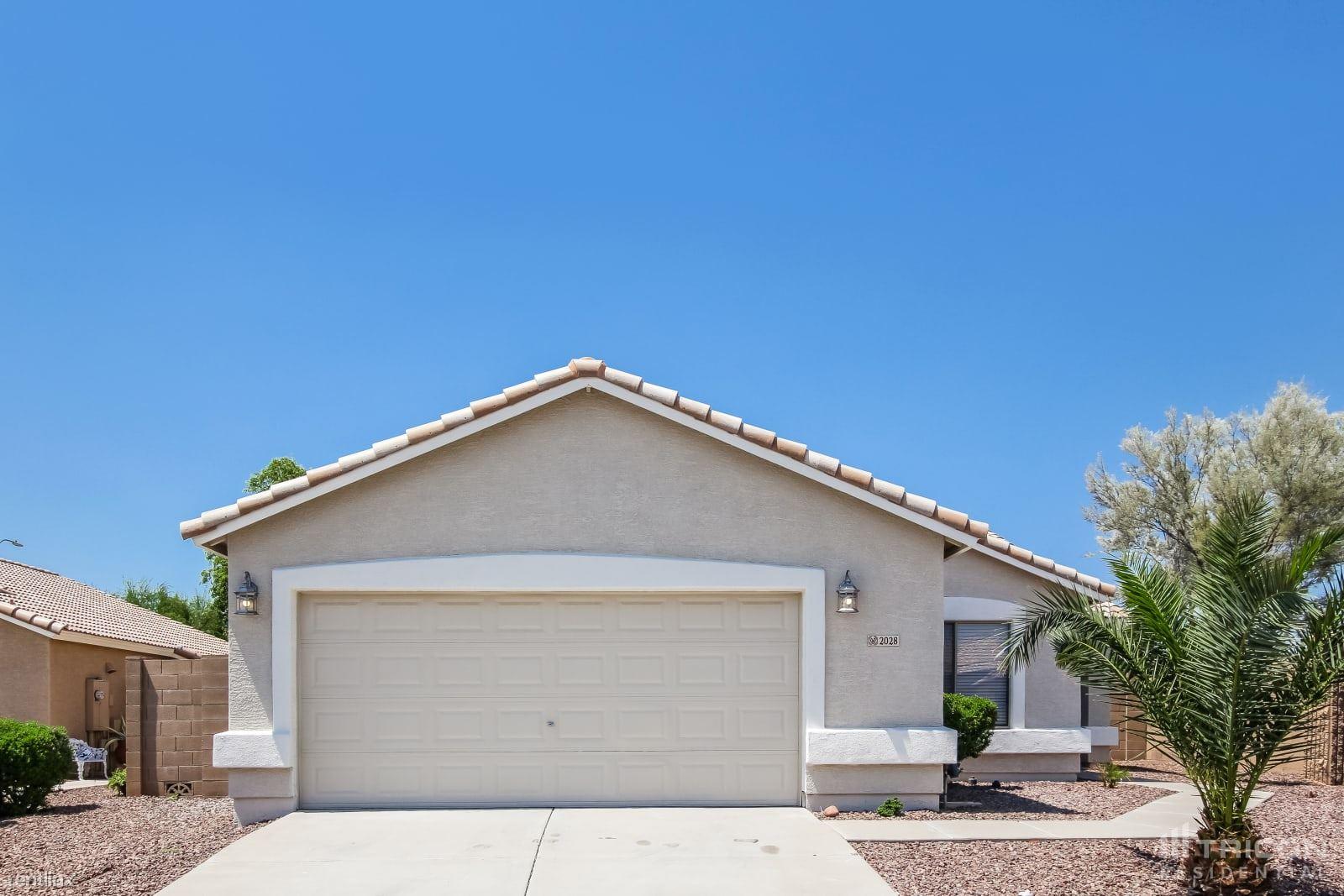 2028 S 86th Lane, Tolleson, AZ - 2,199 USD/ month