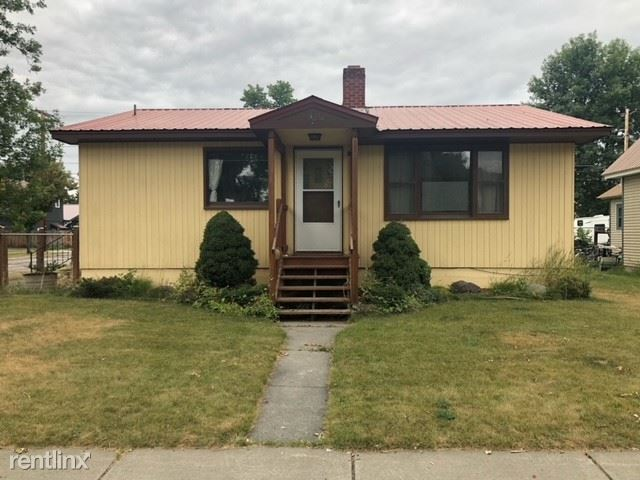 403 Kalispell Avenue, Whitefish, MT - 2,500 USD/ month