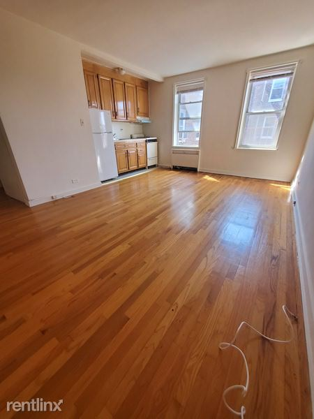 7261 113st, Forest Hills, NY - 1,500 USD/ month