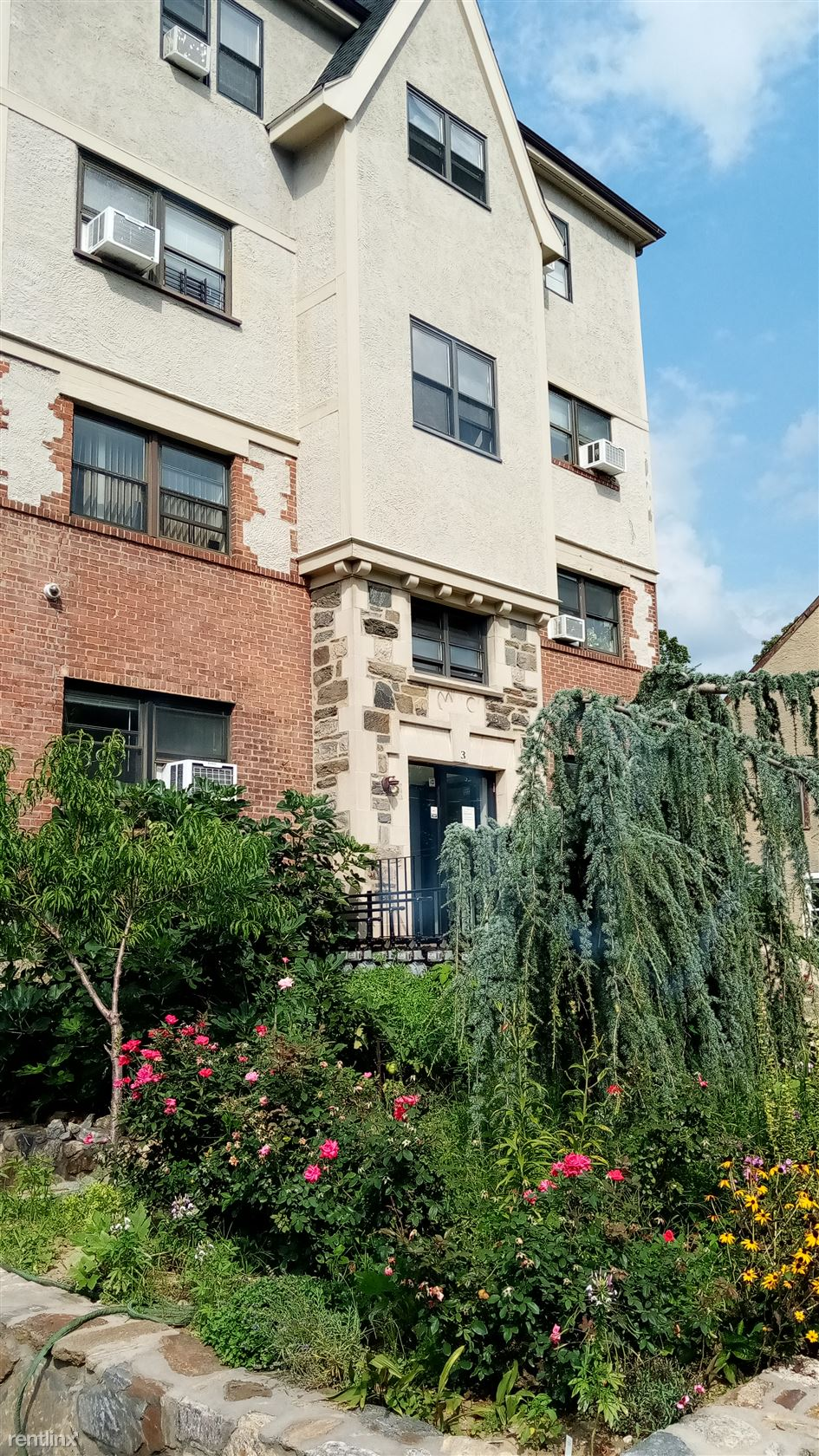 Lawrence, Mount Vernon, NY - 1,700 USD/ month