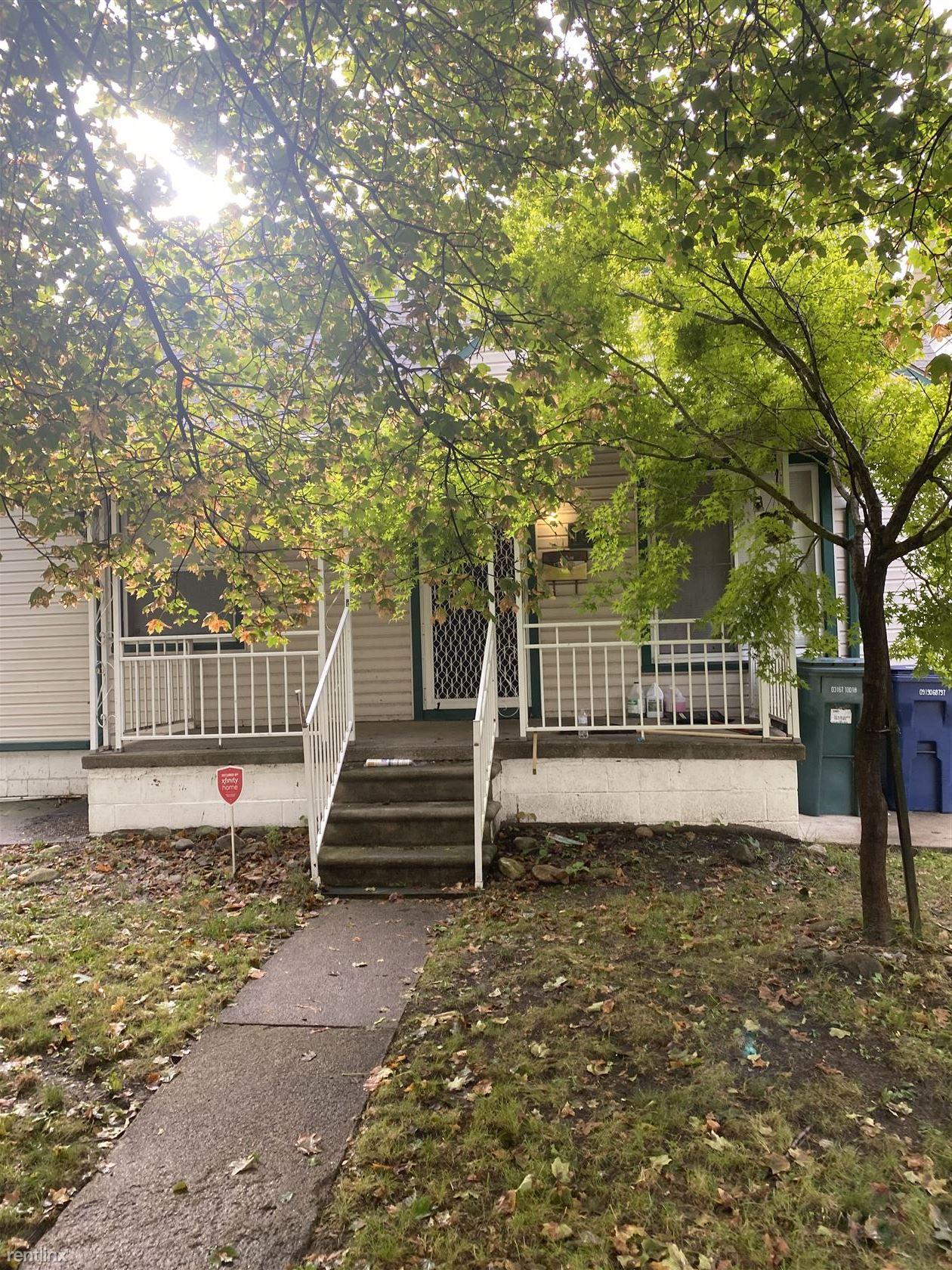1359 Pingree Ave