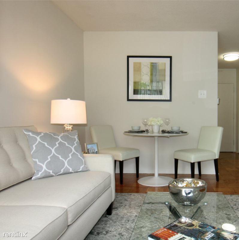 2401 Calvert St NW, Washington, DC - 1,473 USD/ month