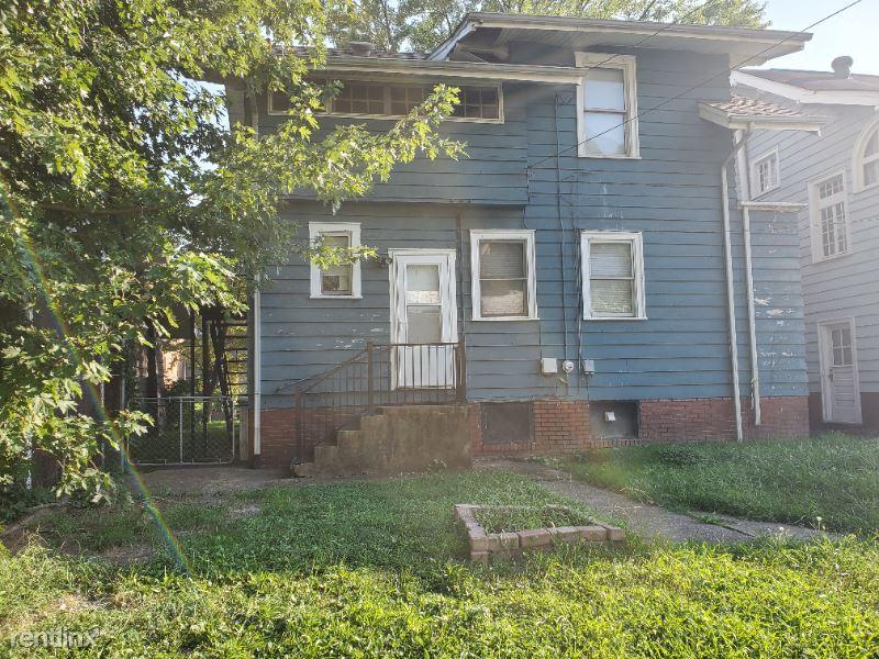 Washington ST E, Charleston, WV - 1,200 USD/ month