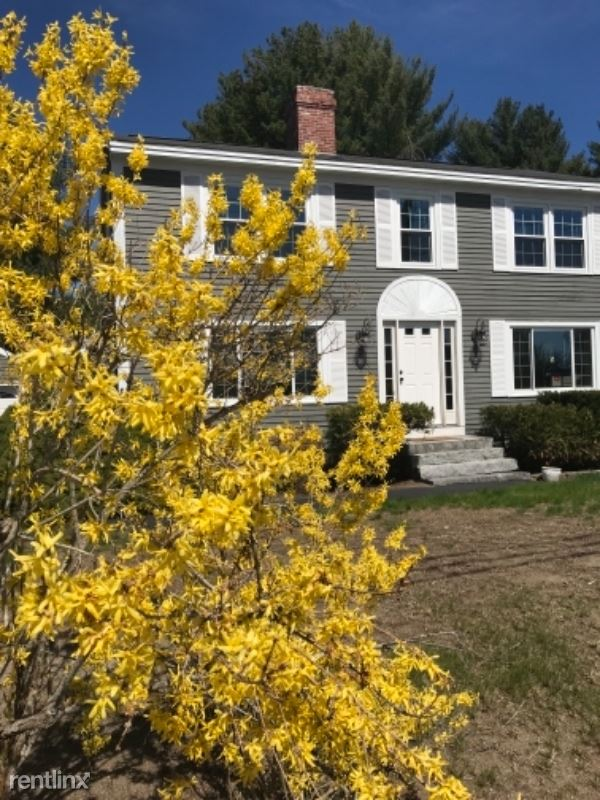 456 Ferry Rd, Saco, ME - 3,000 USD/ month