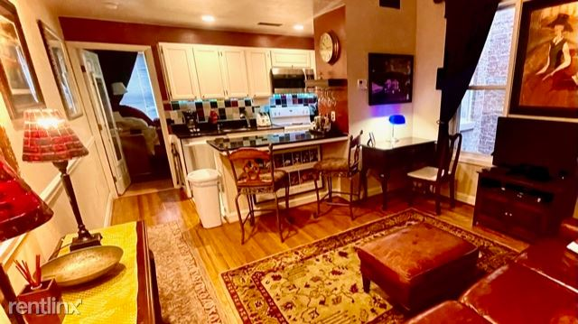 1715 Euclid St NW - 2900USD / month