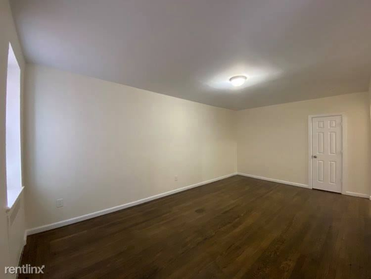 14444 SANFORD AVE, Flushing, NY - 1,650 USD/ month