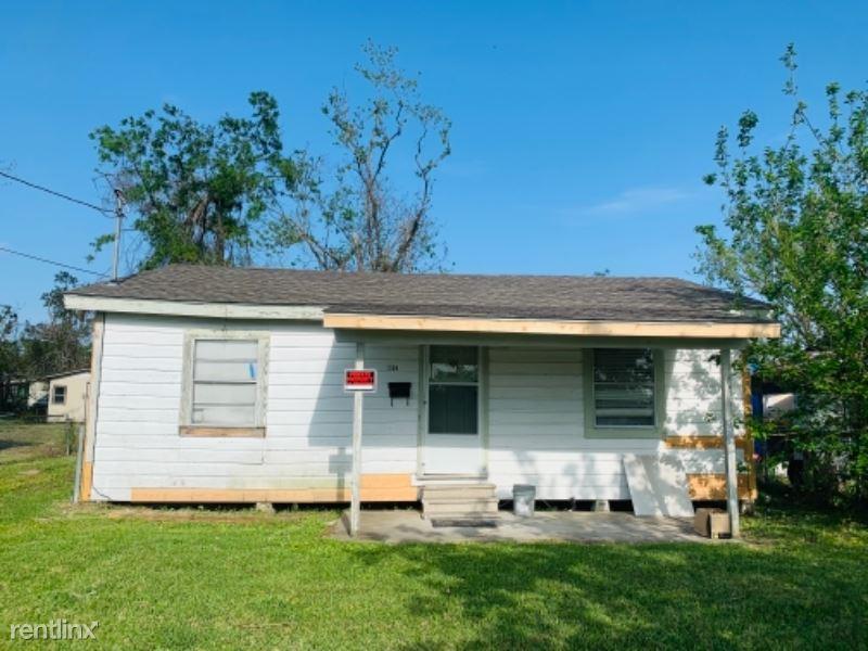 1304 N Lincoln St,, Lake Charles, LA - 800 USD/ month