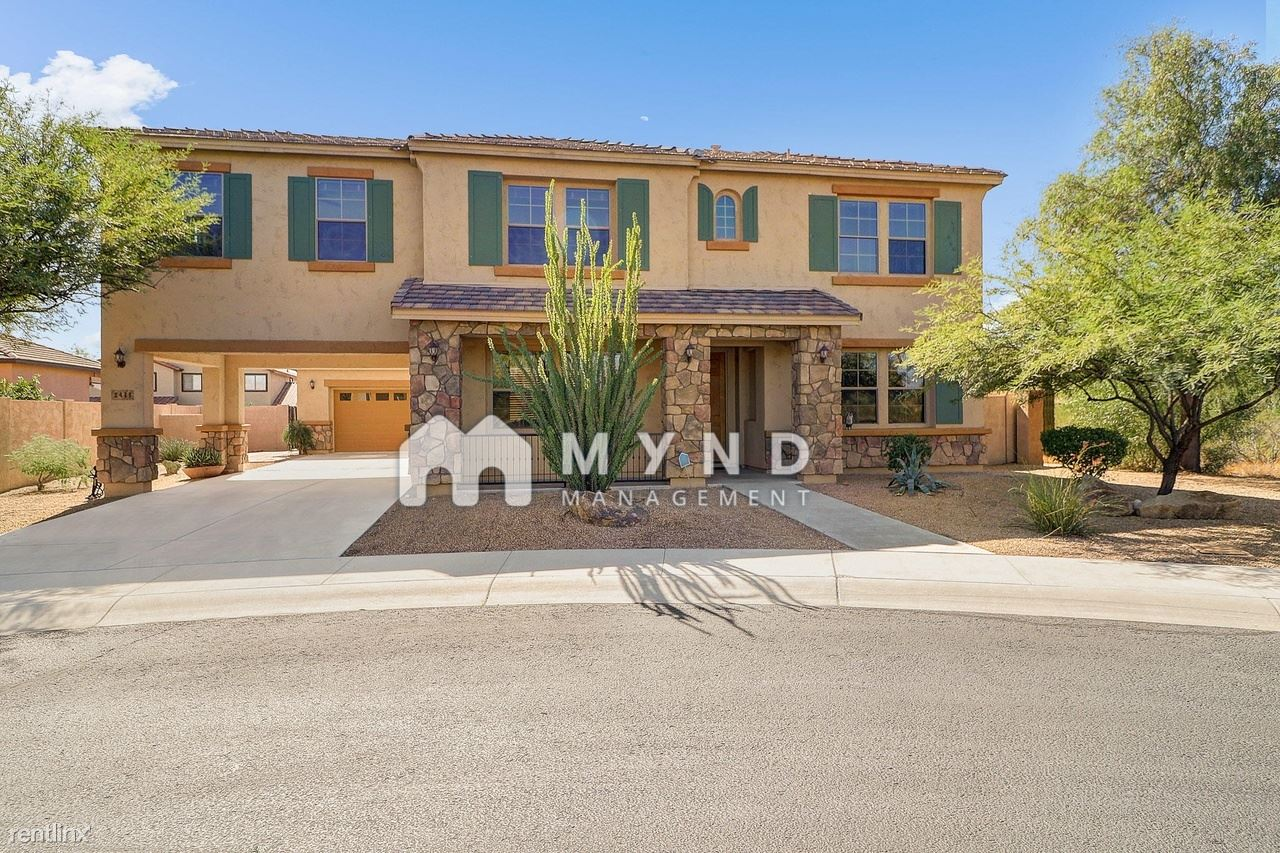2433 W Horsetail Trl - 4250USD / month