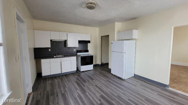 464 Wethersfield Avenue, Hartford, CT - 1,100 USD/ month