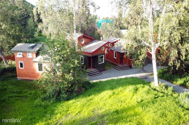Keystone Drive, Soldotna, AK - 1,000 USD/ month