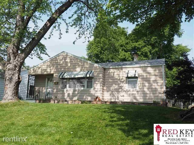 2511 S 43rd St - 1650USD / month